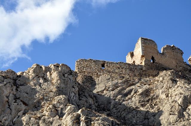 Ruine în vânt, la Colțești / Sursa foto: Florian-Rareș Tileagă